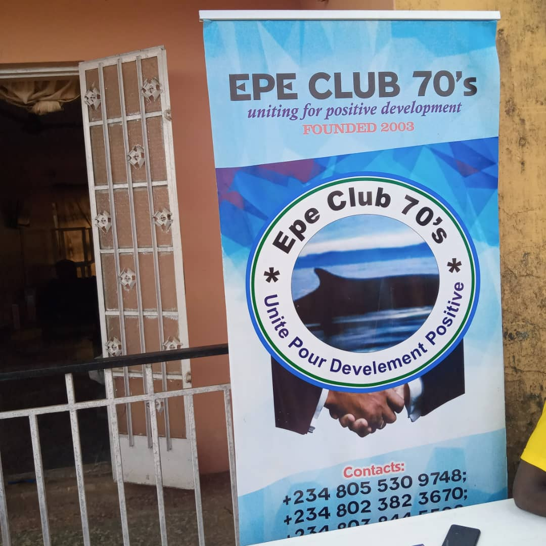 COVID-19: Epe Club 70's Distributes Relief Materials To Residents