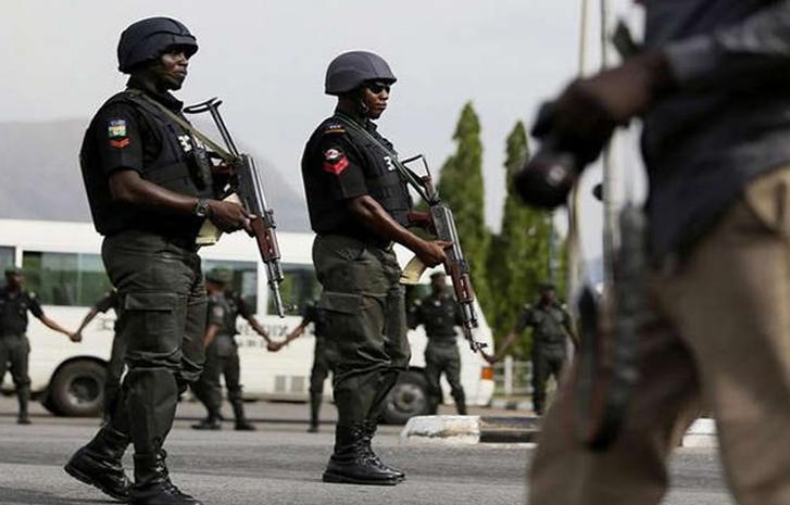 BREAKING: Police Officers Arrested For Fleeing Kidnap Scene Of Maku's Niece